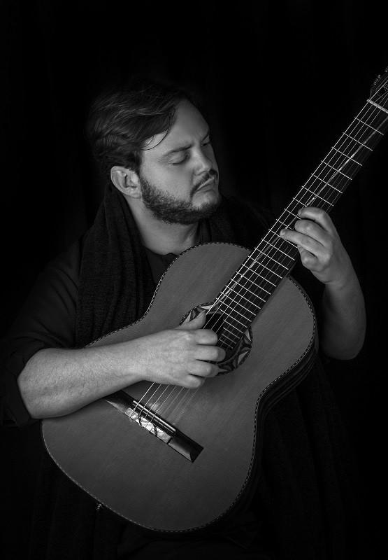 YAMANDU COSTA & TALLINNA KAMMERORKESTER, DIRIGENT RISTO JOOST (BRA/EST) / Viljandi Kitarrifestival 2019