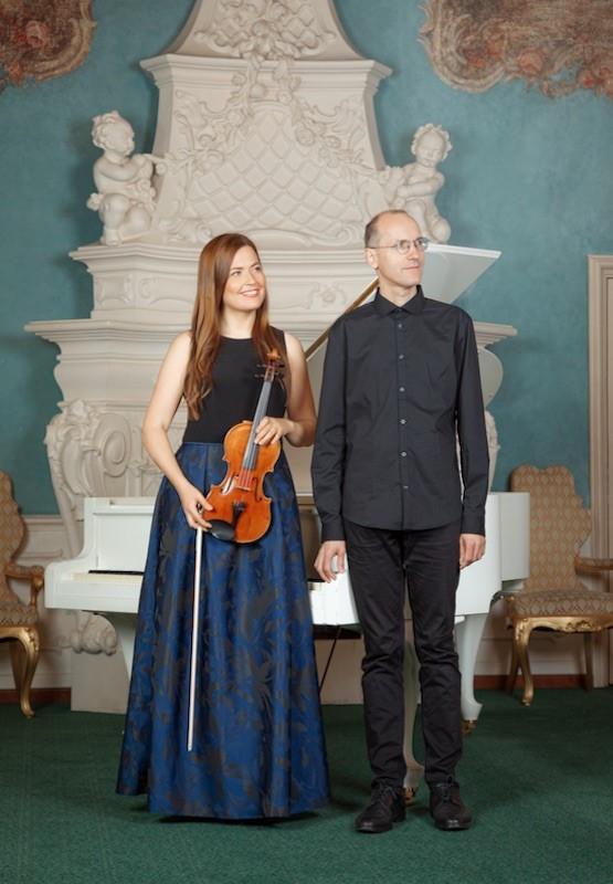 Marie-Helen Aavakivi (viiul) ja Ralf Taal (klaver)